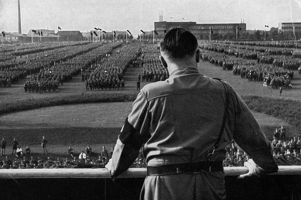 הרצאה אדולף היטלר