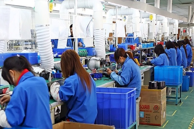 אימון לקראת ניהול פס יצור בסין