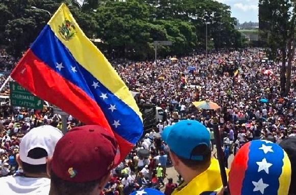 כך התמוטטה כלכלת ונצואלה