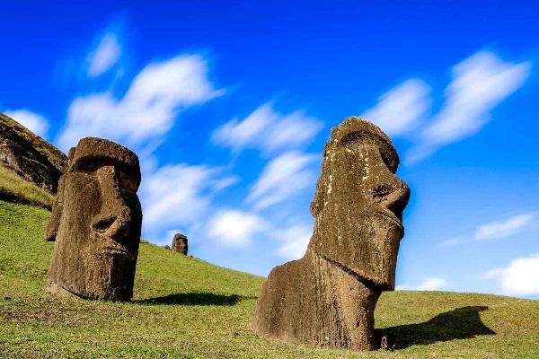 הרצאת העשרה פסלי אי הפסחא