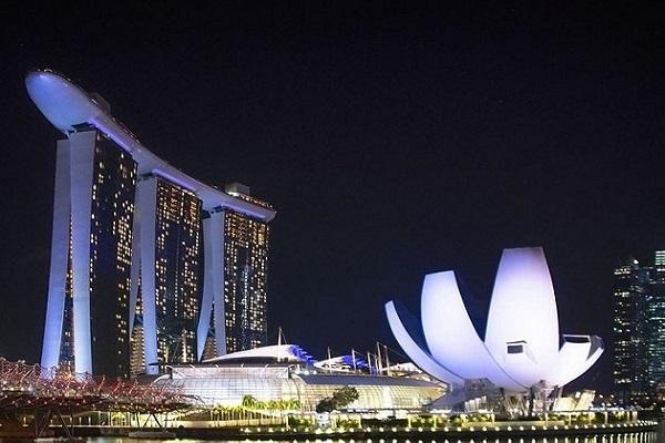 עסקים בסינגפור